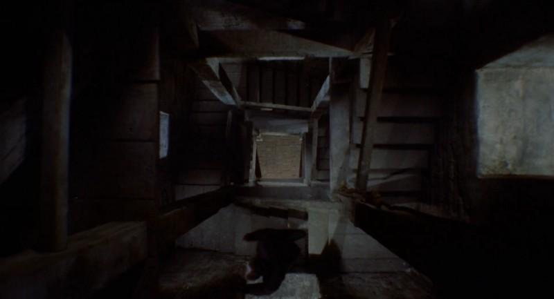 escaleras torre vértigo