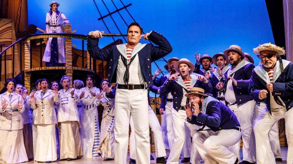 H.M.S. Pinafore, la ópera que canta Bob Patiño